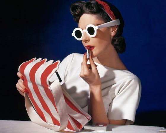 Uitgelicht-Muriel-Maxwell-American-Vogue-1939-c-Conde-NastHorst-Estate (1)